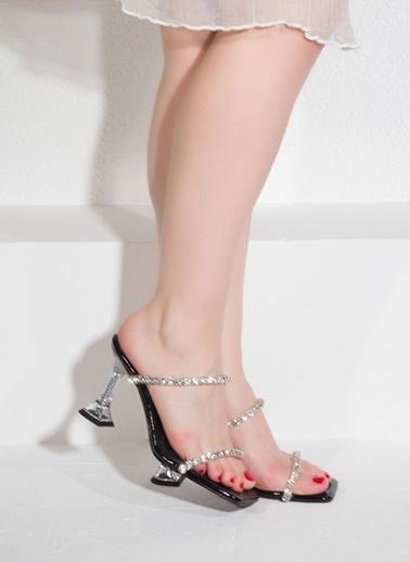 Nemesis Shoes Nemesis Shoes Kadın Terlik Siyah